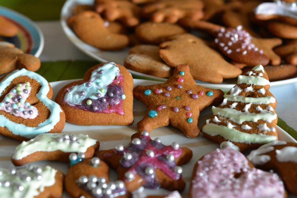 gingerbread-1091545_1280